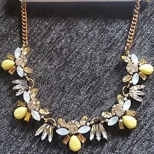 GORGEOUS YELLOW, FAUX DIAMOND AND STONE NECKLACE🌼